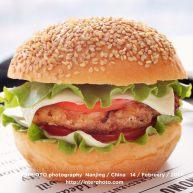 黑椒鸡肉汉堡