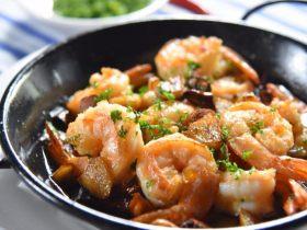 西班牙华裔手把手教你做——西班牙蒜蓉大虾
