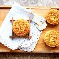 莲蓉蛋黄月饼 宝宝辅食,转化糖浆+枧水