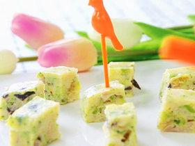 龙利鱼蔬菜饼 宝宝辅食,西兰花,香菇,鲜百合