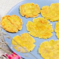 平底锅南瓜薄脆饼 宝宝辅食,南瓜泥+大黄米粉