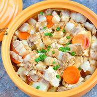 五花肉豆腐锅