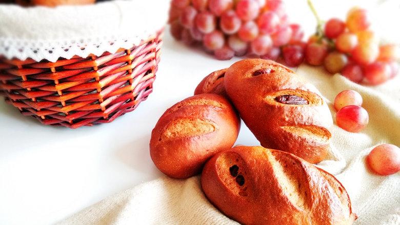 葡萄干红糖欧包