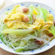 花椒油炝西芹