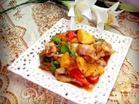 菠萝炒猪颈肉
