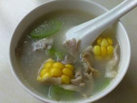 河蚌丝瓜汤