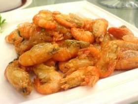 纸 包 明 虾