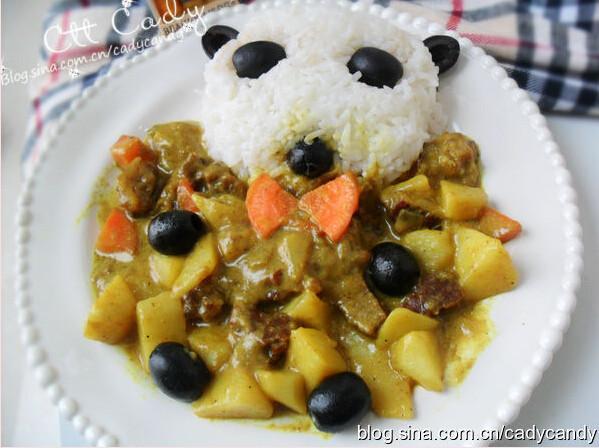 黑橄榄牛肉咖喱饭