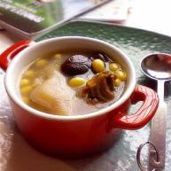 香菇黄豆猪蹄汤