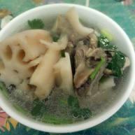 大骨莲藕汤