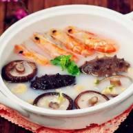 鲜奶虾海参汤