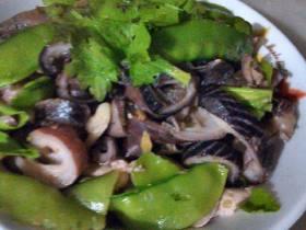 墨魚皮炒豌豆