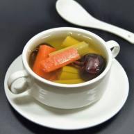 马蹄胡萝卜甘蔗汤