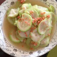 葫芦瓜炒火腿粒
