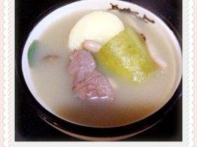 鲗鱼节瓜汤