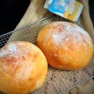 可可爱爱的圆面包