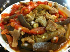公主大红大紫-双茄炒滑肉(番茄茄子炒猪肉\西红柿茄瓜炒瘦肉)