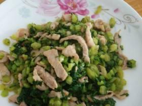 芥菜炒猪肉丝