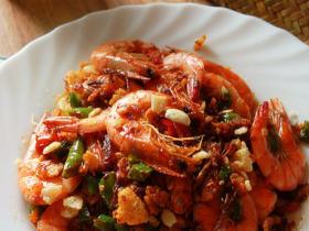 避風塘炒虾