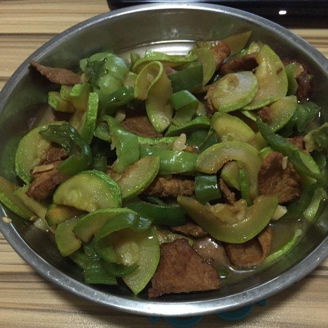生瓜炒肉片
