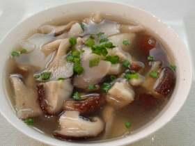 香菇平菇山药汤