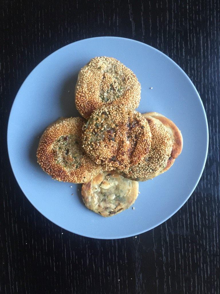 韭菜牛肉虾仁酥饼