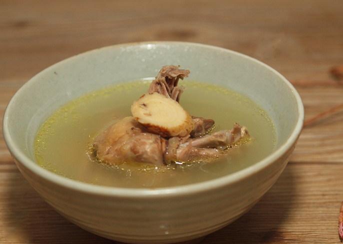 黄芪鸽子汤