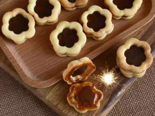 蜂蜜炼乳夹心饼干