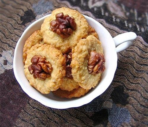 核桃燕麦饼干
