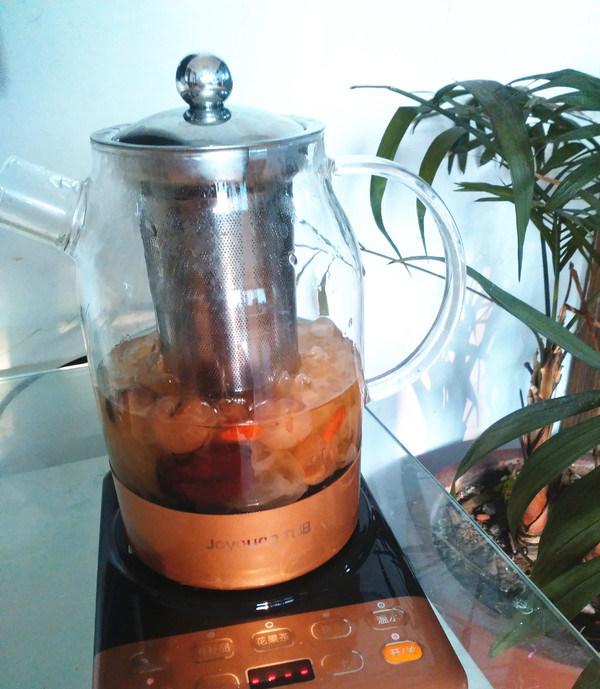 桂圆枸杞银耳羹,养生壶选择滋补汤程序开始制作