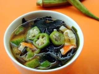 秋葵味增汤