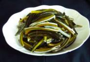 响油鳝丝,鳝丝清洗干净,切段备用。