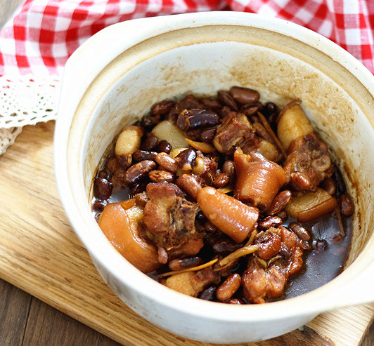 红腰豆炖猪尾
