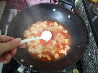 番茄豆腐,再加入盐。