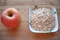 苹果燕麦粥,准备食材