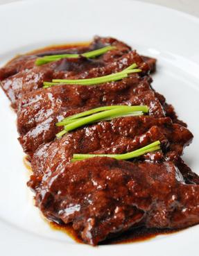 红烧鹿肉片