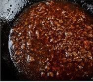 醋香怀胎鱼,烹入步骤5里兑好汁,烧开,关火。