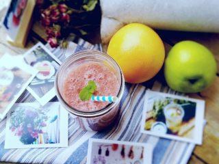 苹果梨西柚汁