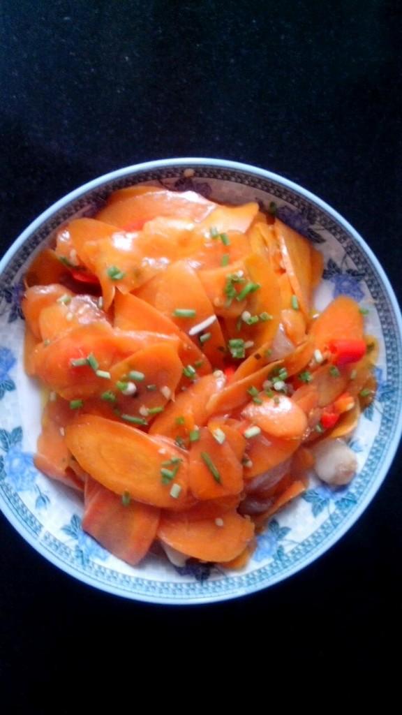 干炒红萝卜的做法和步骤第3张图
