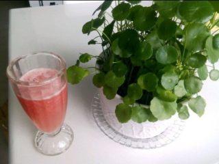 鲜榨蜂蜜柚子汁