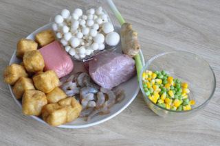 油豆腐塞肉,原料图