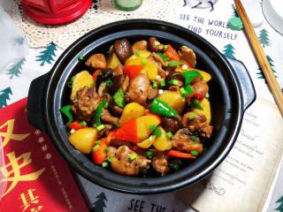 土豆香菇焖鸡,成品