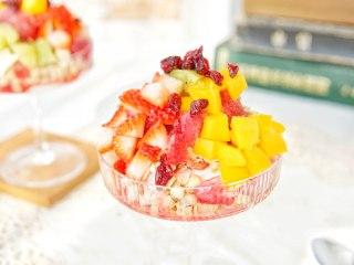 蔓越莓冰冰燕麦酸奶冰沙杯