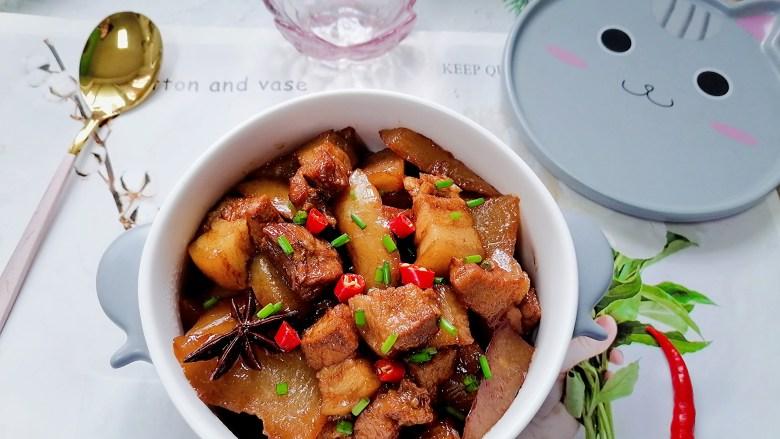 白萝卜炖猪肉