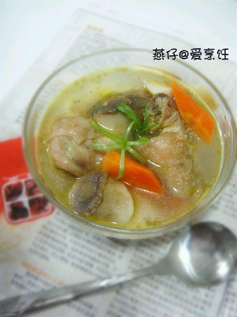 杏鲍菇煲鸡汤主图