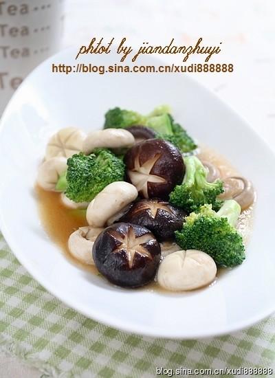 蚝油双菇西兰花
