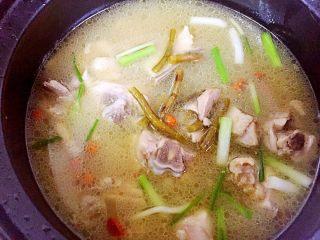铁皮石斛炖鸡汤