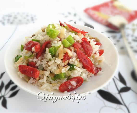 地方菜 腊肠苦瓜炒米饭