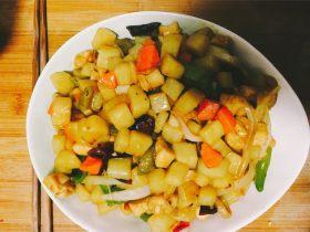 酸辣土豆鸡肉丁