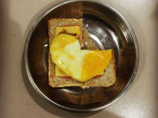 爆浆鸡蛋吐司